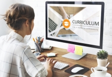 Bridging the Divide: Enhancing Communication for Specialists Online Course