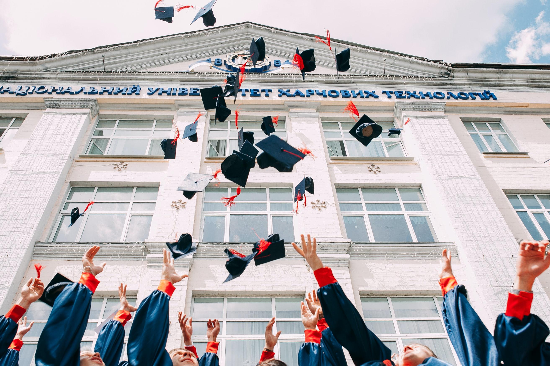 Undergraduates-Graduating-For-Med-School